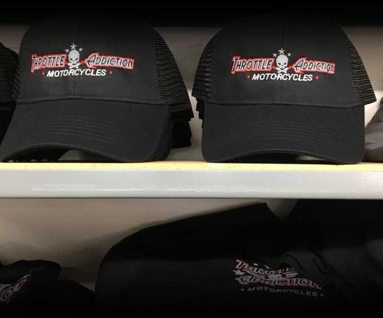 clothing-black-hats_gradient