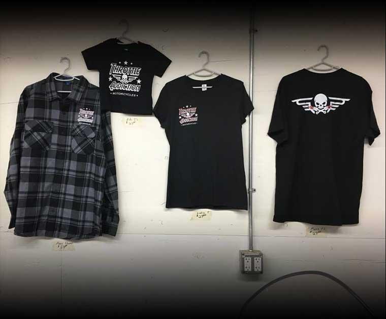 clothing-black-shirts_gradient